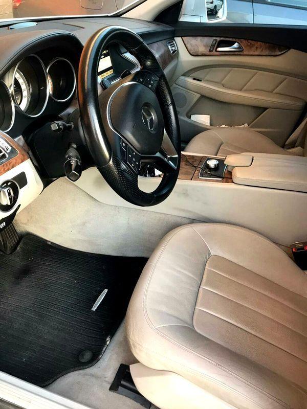 Mercedes CLS white