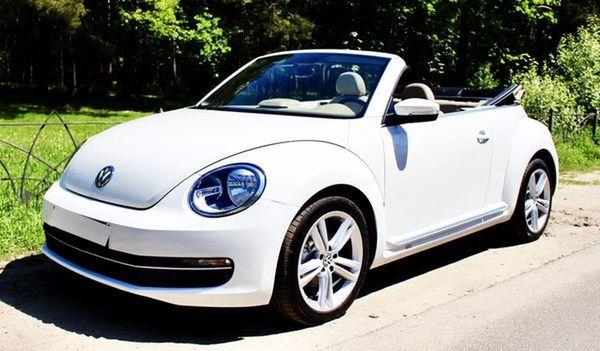Volkswagen Beetle white cabrio